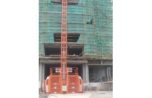 SC200 Single Cage Construction Hoist